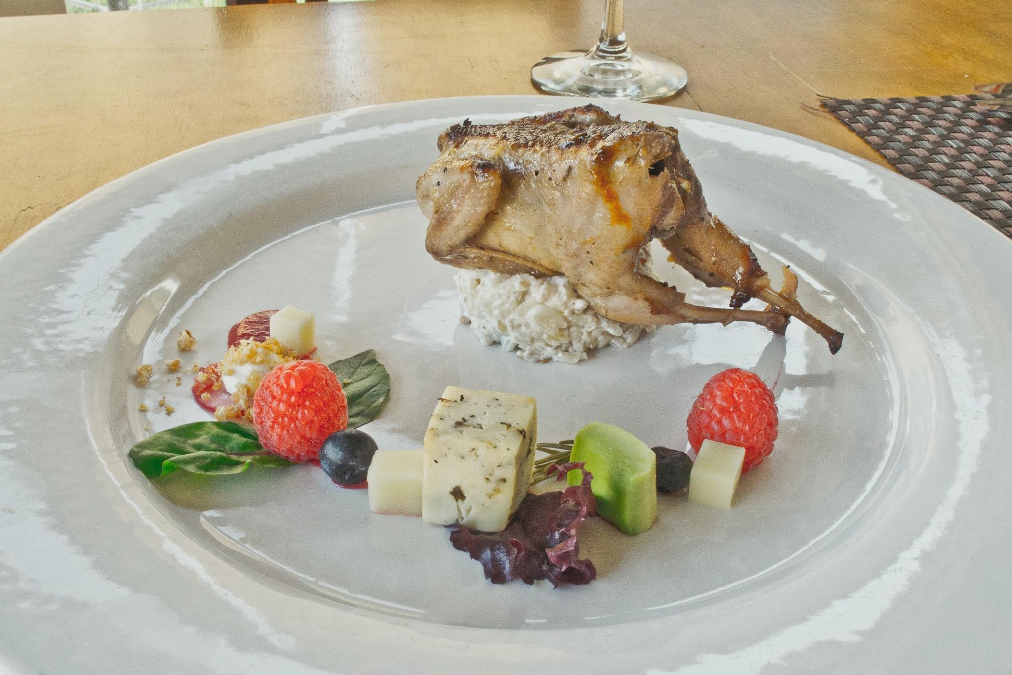 Zarcillo Restaurant 04